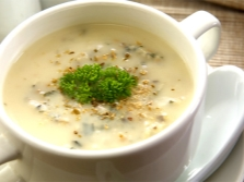 Гъбена супа с индийско орехче