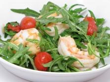 Sült saláta kitûnõ saláta és garnélarák