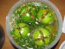 Зелени домати с копър