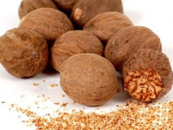 Орехово орехче нарязано