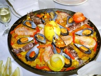 Paella dengan myrtle