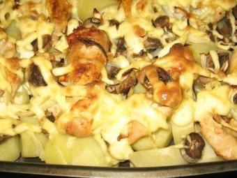 Pieczone pieczarki z warzywami