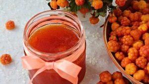 Geléia de amora-preta: benefícios, danos e regras de culinária