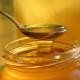 De que é feito o mel artificial?