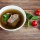 Kiaulienos sultinys: savybės ir receptai