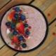 Finomságok és példák a torta bogyók díszítésére