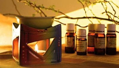 Lâmpada aromatizada com óleo essencial de canela