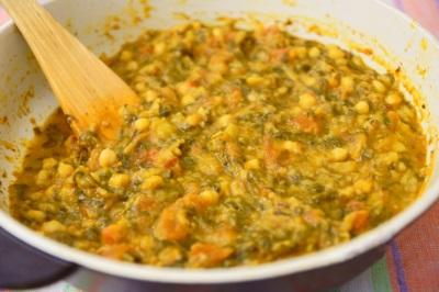אספאוטידה תבלינים ב ירקות מבושלים