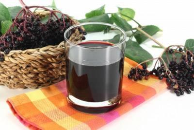 Suco de fruta preta sabugueiro