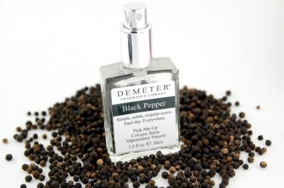 Pimenta preta é usada em perfumaria