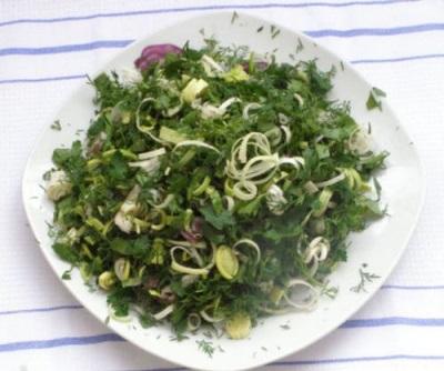 Σαλάτα με βρύα και πράσινο κήπο