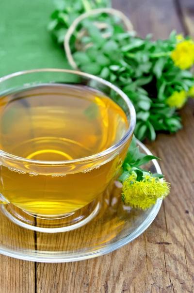 Tee aus den Wurzeln von Rhodiola Rosea
