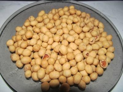 Orzeszki ziemne gotowane w glazurze kokosowej