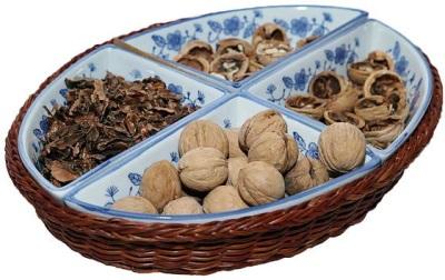 El uso de nueces en lodos médicos.