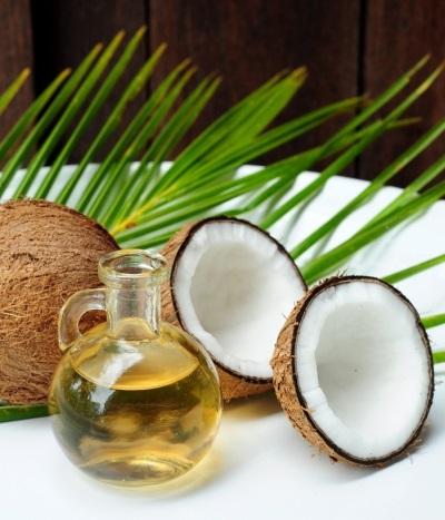 Olej kokosowy jest pomocny