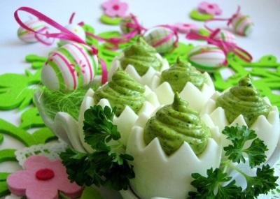 Įdaryti kiaušiniai su kremu