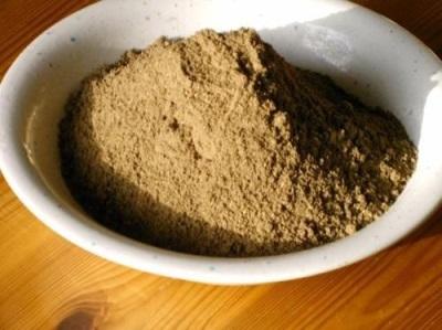 Maytake se puede comprar en forma de polvo o cápsula.