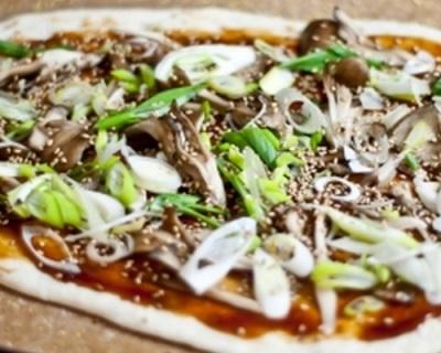Μαγειρική πίτσα με μανιτάρια meytake