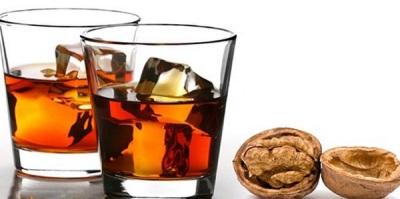 Αλκοολούχο βάμμα από χωρίσματα καρυδιάς