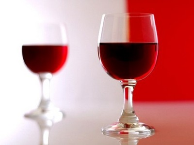 Vynas ant šitakų grybų