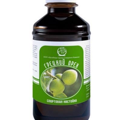 Tintura de nozes verdes é recomendada para muitas doenças