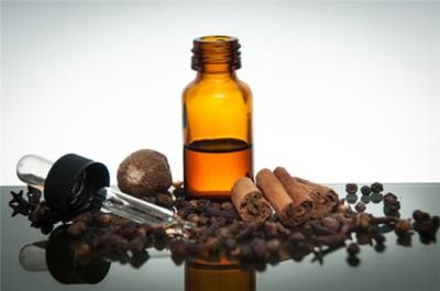 Óleo essencial de canela saudável