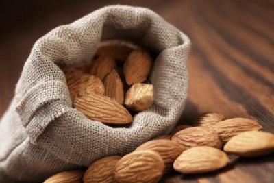 Almond Nutsin pitäminen
