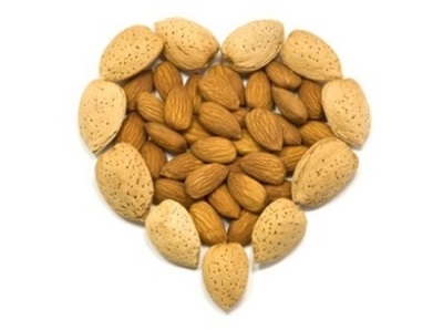 A mandula népszerű a fogyókúra táplálékában.