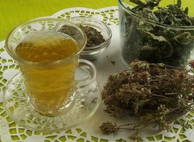 Hypericum, pipirmėčių ir Oregano arbata
