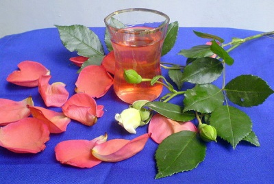 Rožu sīrups