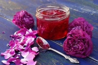 Ciri-ciri berguna jem mawar
