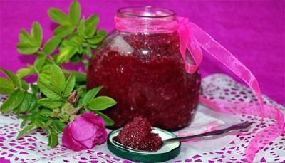Kontraindikasi terhadap penggunaan jem mawar kelopak